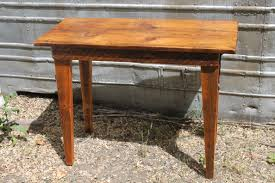 Barnwood Kitchen Table Using Reclaimed Barn Wood To Build Harvest Tables Work Play