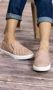 ecentrcq steve madden slip on sneakers in blush they have a quilted leather upper and rubber outsole they also have a 1 platform