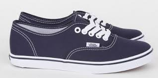 converse vs vans. if i had to choose i\u0027d probably pick vans, just because find them look less \ converse vs vans o