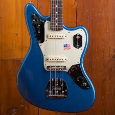 fender johnny marr jaguar rosewood fingerboard lake placid blue fender johnny marr signature jaguar lpb 1