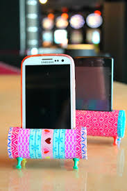 Easy Diy Easy Diy Phone Holder Craft Re Purposing Is All About Creativity