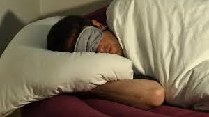 Schimmel Vorbeugen Schlafzimmer Im Winter Regelmäßig Lüften Bauen