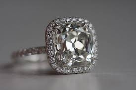 cushion cut diamond tips for buying the right ring times square