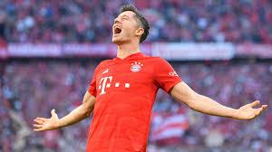 Lewandowski Makes Bundesliga History With Nine Game Scoring
