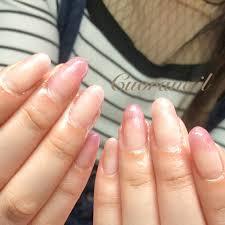 ピンクグラデーションネイルのかわいいデザイン爪先からおしゃれに