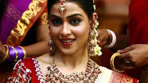 sarees and jewellery for wedding