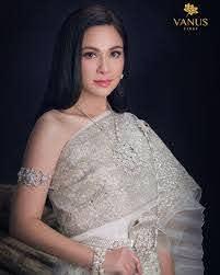 แหม่ม คัทลียา งามสง่าในชุดไทย ผ่านไป 22 ปี แต่ยังสวยเหมือนสมัย เรือนมยุรา