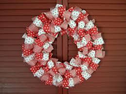 Super Awesome DIY Christmas Wreaths