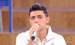 Chi è Virginio Simonelli oggi: vita privata, fidanzata e canzoni