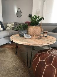 Round hairpin coffee table best coffee table 93 fascinating round, source: Diy Round Pallet Coffee Table With Hairpin Legs Coffee Table Farmhouse Pallet Coffee Table Diy Round Wood Coffee Table