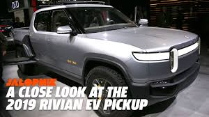 Design Your Own Truck For Fun The Rivian Electric Pickup Truck Is Full Of Fun Surprises
