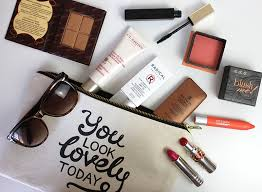 it s essential to start by clearing out your makeup bag i have a whole post on it here remove any s you don t use may have broken or have gone