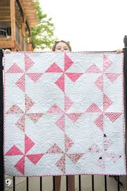 Baby Block Quilt Patterns Custom Free Baby Quilt Patterns Featuring Simple Turnstile Quilt Blocks