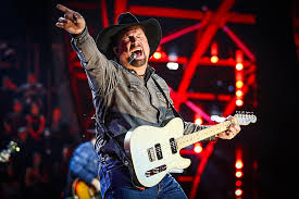 Garth Brooks Bridgestone Arena Seating Chart Garth Brooks Dive Bar Tour Is Headed To Texas