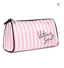 victoria s secret makeup bag in pink so that i can take with me in my bag