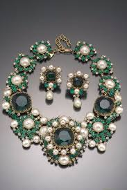 Vintage Costume Jewelry Love  Balenciaga Emerald Green Necklace And Earring  Set