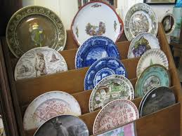 nted to display decorative plates you know how hard this can be ideally plates would look great if they were mounted on a wall