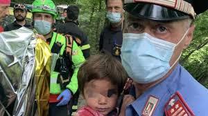 Toscana, ritrovato vivo il bambino di 2 anni scomparso da casa - Messina  Oggi