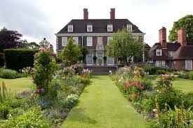 the stunning secret gardens at the