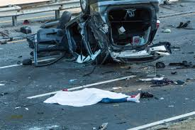 2 Dead 7 Injured In 4 Car Crash In Queens Ny Daily News