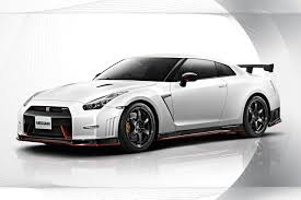 2014 Nissan GT-R Nismo officially revealed   PerformanceDrive