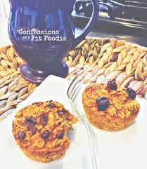 Pumpkin Oatmeal Muffins {21 Day Fix} - Confessions of a Fit Foodie