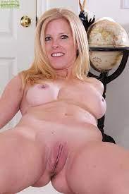 Cougar Nude Porn