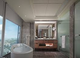 shangri la bathroom