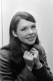 Dana Rosemary Scallon - Wikipedia