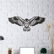 design metal wall decoration of an eagle to decorate your interior with a contemporary touch