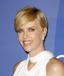 Charlize Theron Short Hair Style charlize theron short crop hairstyle 6469 by wearticles.com