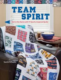 Go team quilts! Winning projects for sports fans (+ fabric ... & Team Spirit Adamdwight.com