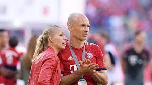 Arjen Robben musste nach Coronafall in der Familie in strikte Quarantäne -  Eurosport