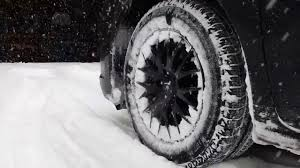 2WD Toyota Sienna in the SNOW with SNOW TIRES - YouTube