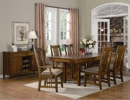 dining table parson chairs interior: traditional dining room design with parson dining chairs by broyhill furniture and wood dining table plus