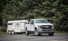 2017 Ford Towing Chart 5 Best Trucks For Towing Top Super Duty Pickups By Towing