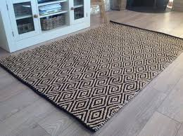 black cream diamond lattice fabric rug