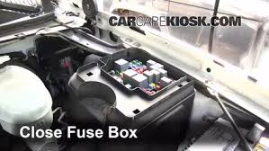 blown fuse check 2002 2006 chevrolet avalanche 1500 2005 6 replace cover secure the cover and test component