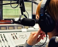 Resultado de imagem para propaganda de radio