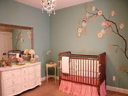 baby-girl-nursery-painting-ideas-331