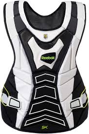 Amazon Com Reebok 5k Goalie Chest Protector White Black