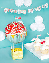 diy hot air balloon centerpiece would be so cute for a kid s party or baby shower basic grey