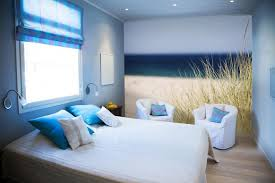 Amazing Beach Themed Bedroom Designs With Nice Wall Art Howiezine