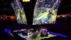 dota 2 inside key arena at ti5 fy s rubick in g1 loser s