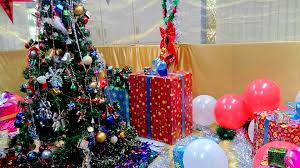 the office christmas ornaments. Gift Boxes And Christmas Tree Loaded On The Office Desk Ornaments E