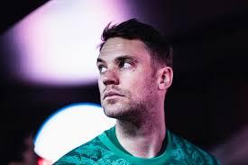 Winning the treble was confirmation for me that joining bayern rather than moving abroad was the right decision. Gesellschaftliches Engagement Im Profifussball Im Gesprach Mit Manuel Neuer Dfl Stiftung