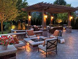 landscaping ideas for a backyard fire pit