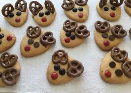 Christmas cookies are the perfect way to celebrate the holiday in 2020. 10 Easy Christmas Cookies To Make With Your Kids Allrecipes