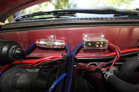 taco build sardinetaco i setup an additional fuse panel for the accessories then hooked them up to the auxiliary battery the fuse panel has two additional 12 volt outlets that
