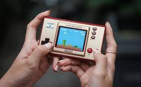 Trên tay máy Game & Watch: Super Mario Bros Limited Edition